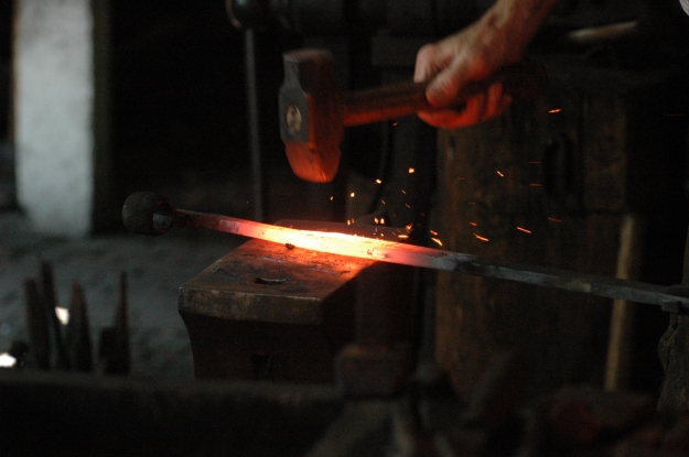Blacksmith_working (1)
